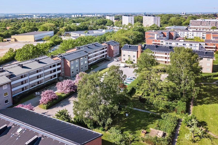 Benzelius 3, Dag Hammarsköldsväg 6A-C bild 2